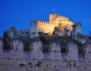 Il castello Illuminato