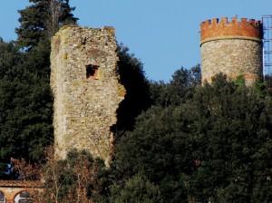 i ruderi della Torre e della Rocca