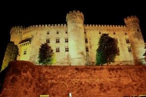 il castello Orsini,Odescalchi di bracciano,inghiottito dalla notte.