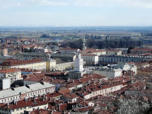 Pinerolo - La piazza del paese
