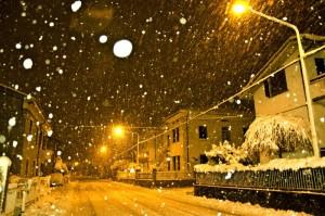 Bufera di Neve di Notte a Pesaro