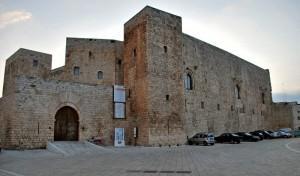 semplicemente il Castello di Sannicandro in controluce