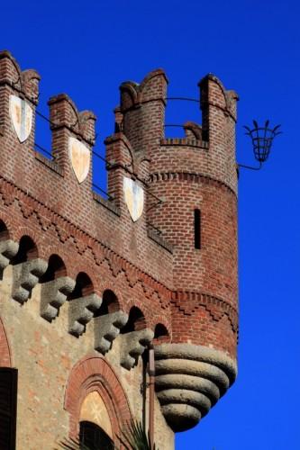 Mazzè - Torre con partafiori