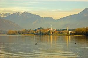 Lungo lago di Bosisio Parini