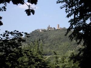 Un castello, il verde e l'azzurro
