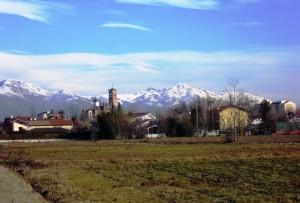 Favria e la sua cornice di monti