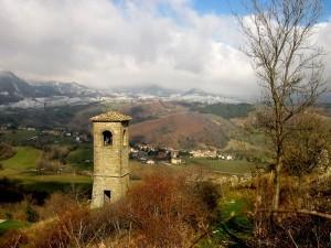 il campanile e dietro ponte cappuccini