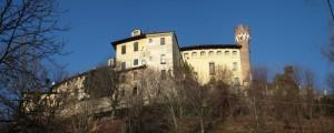 castello di Castellengo sticht di due foto