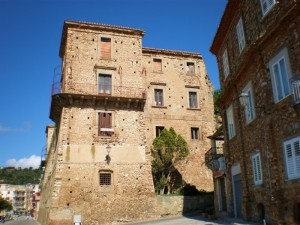NICOTERA - Dietro il Castello
