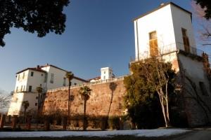 Castello di Masino ( Ripreso da un' angolazione insolita )