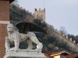 leone e…