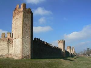 Mura a nord-est