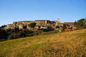 Canneto: antiche mura, oggi case