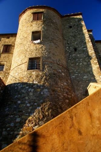 Monteverdi Marittimo - torre con bucato