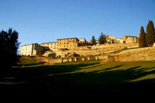 Monteverdi Marittimo - In cima ad una verde valle