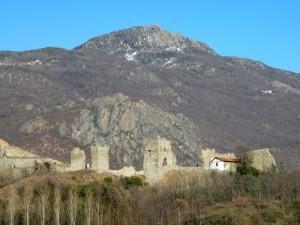 castello del Conte Verde  (o era al verde per costruirlo ?)