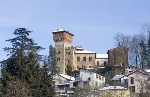 Carpeneto - Il castello di Carpeneto, vista d'insieme.
