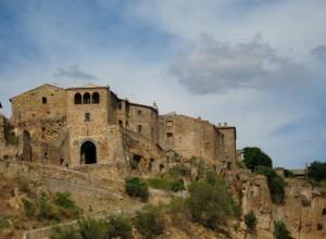 Civita, la Porta d'Ingresso