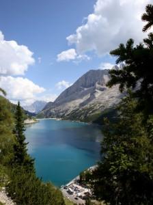 il lago di Fedaia, comune di Canazei
