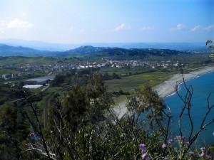 Splendido Paese che affaccia sullo Ionio