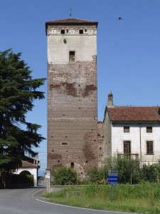 Torre medievale Sec,XII, Mandello Vitta