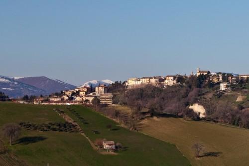 Colmurano - Sopra il colle sul Fiastra