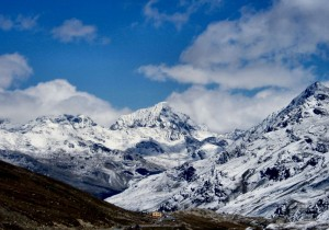 Passo Gavia con sfondo il Zebrù 3735m (Vista Verso Valfurva)
