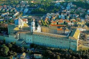 Panoramica Aerea: Basilica Di Loreto