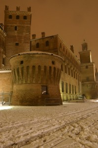 Carpi by night, sotto una bella nevicata