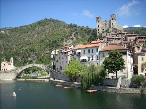 Dolceacqua - Borgo e castello