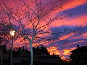 Galliate Lombardo, tramonto infuocato
