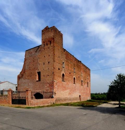 Arena Po - Castello di Arena Po 2