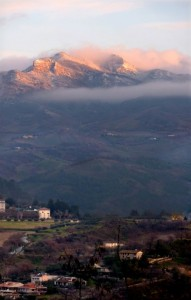 Ascoli ultime case sotto il Monte Ascensione