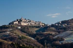 Il paese delle chiese e monasteri