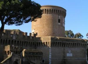 le camminate difensive del castello di Giulio II