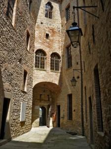 Cortiletto interno del castello