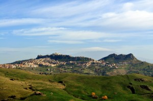 Troina, l'Etna come sfondo!