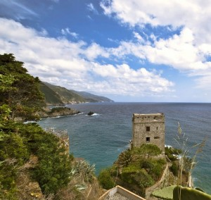 """ Le Cinque Terre e la Torre Saracena """