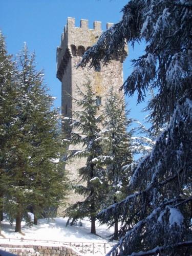 Radicofani - La torre e la neve