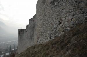 Mura verso la valle dell'Adige