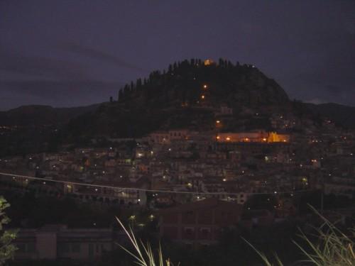 """Monforte San Giorgio - Il silenzio della notte dopo la """"Katabba"""""""