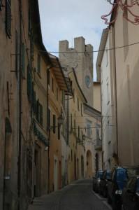 Torre e scorcio di Serra San Quirico