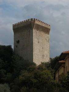 La torre della fortezza di Castiglione