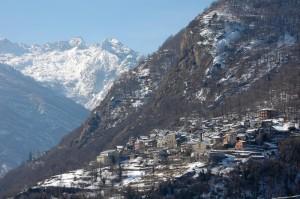 Perloz e le Alpi