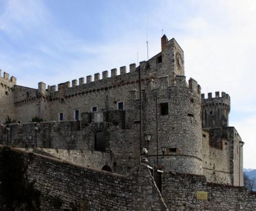 Nerola - Castello Orsini veduta