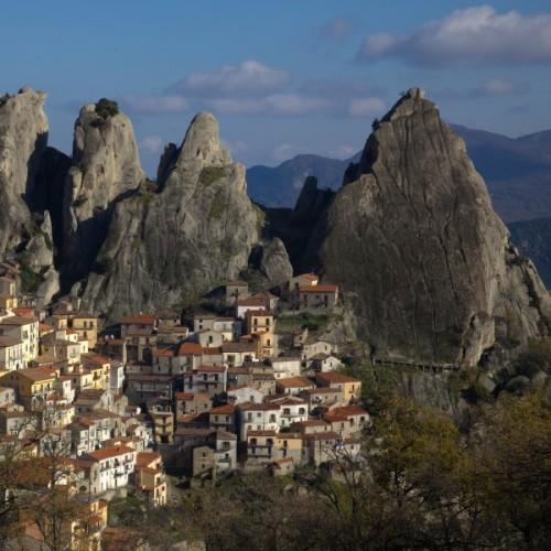 Castelmezzano - Un gioiello lucano (Dedicata con riconoscenza a tutti i Fotografi per diletto)