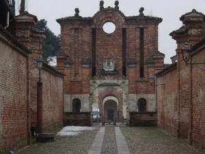 Il viale d'accesso al castello di Gambolò