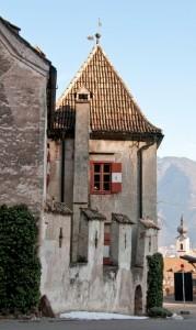Castel Schwanburg - Torre e mura