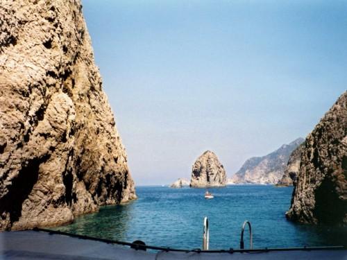 Ponza - Qui mi sono tuffata nelle splendide acque di Palmarola
