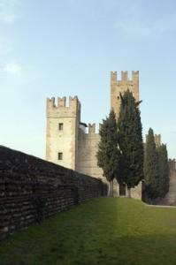 Il castello di Villafranca di Verona, lato Est.